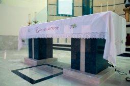 El presbiterio ha sido reformado al completo/ F. Amador