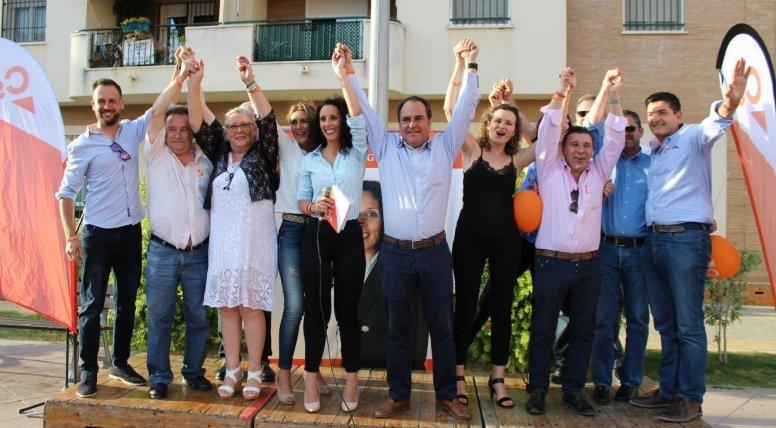Miembros de la candidatura de Ciudadanos en su cierre de campaña / Rocío Gómez