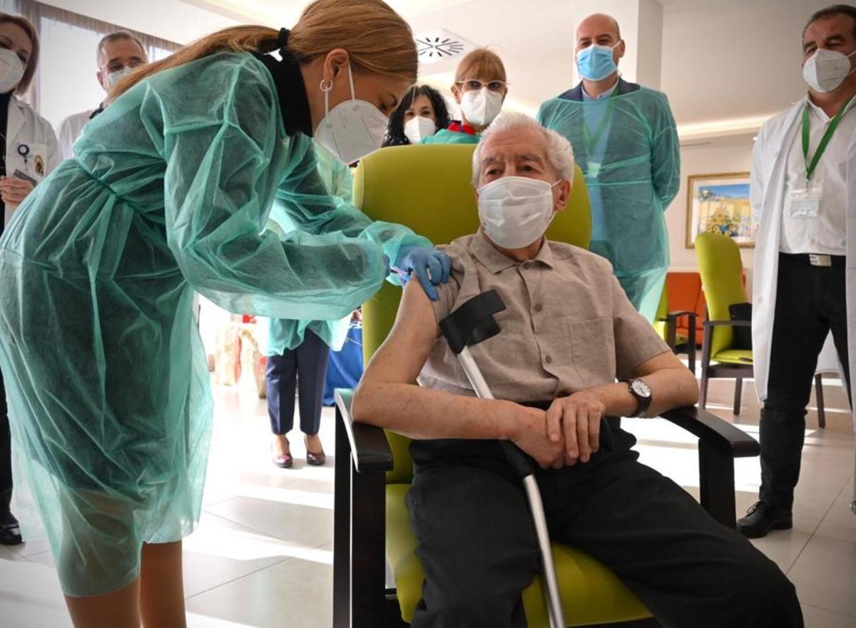 Antonio, el primer andaluz vacunado del COVID-19 / Junta de Andalucía
