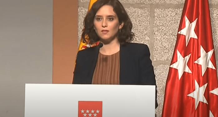 La presidenta de la Comunidad de Madrid Isabel Díaz Ayuso, durante la rueda de prensa en la que anunció medidas restrictivas para la Comunidad. Youtube