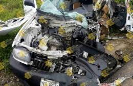 Un muerto y dos personas lesionadas, fue el saldo que dejó un aparatoso choque la mañana de hoy Jueves. Foto: La Voz De Tantoyuca.