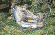 Mujer resulta lesionada en aparatosa volcadura, en Tantoyuca