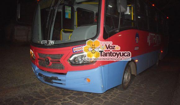 Deja solo daños materiales percance vial en Tantoyuca   LVDT
