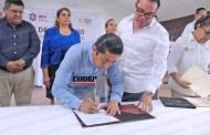 Firma alcalde de Chicontepec convenio con el Instituto Veracruzano del Deporte