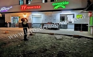 Presunto asalto moviliza a elementos policiacos   LVDT