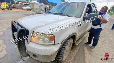 Se impacta conductor contra barandal | LVDT