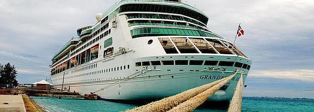 Otro crucero de Royal Caribbean llega a Cádiz para su reparación