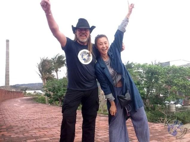 Con Sandra en lo alto de la muralla