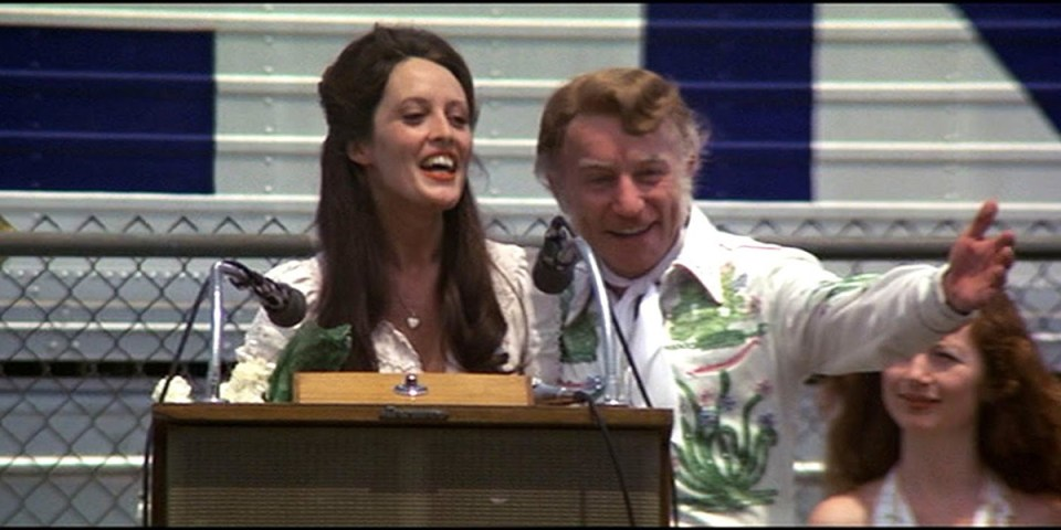 Ronee Blakely and Henry Gibson in Robert Altman's Nashville