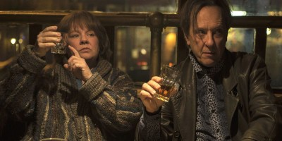 Richard E Grant and Melissa McCarthy in Can You Ever Forgive Me