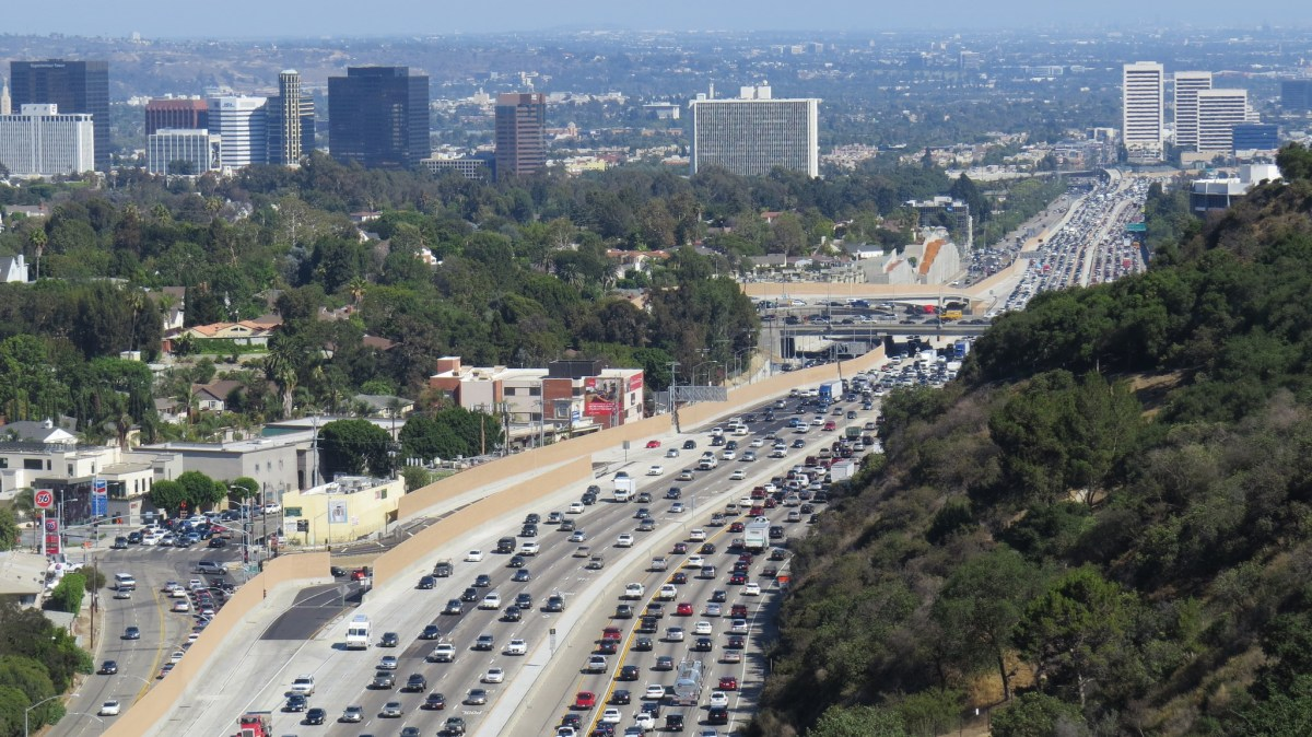 The 405 freeway. Congested? Yes. The worst? Hardly.; Credit: Luke Jones / Flickr
