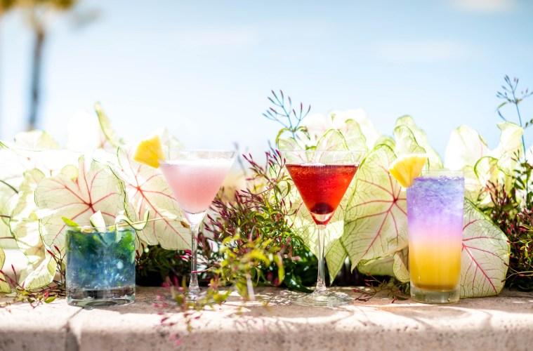 Botanical Beach Bar; Credit: Shutters on the Beach