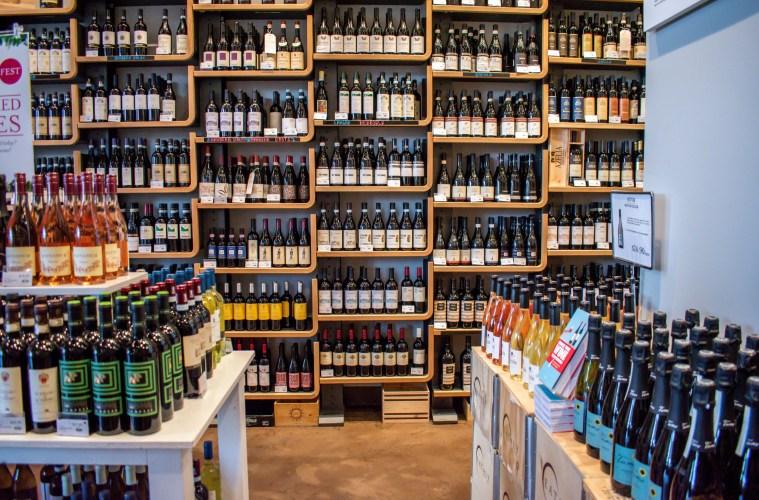 Eataly wine shop; Credit: Eataly LA