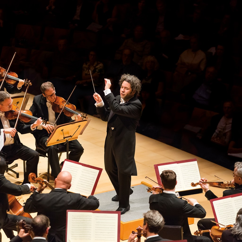 Ives 1 & Dvořák 7 with Dudamel