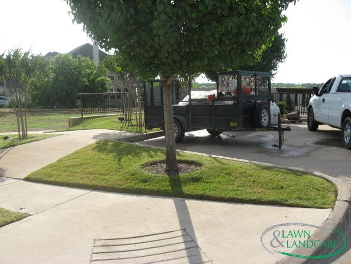 lawn and landcare install