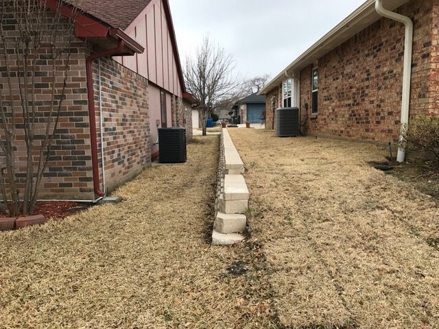 retaining wall texas landscaping