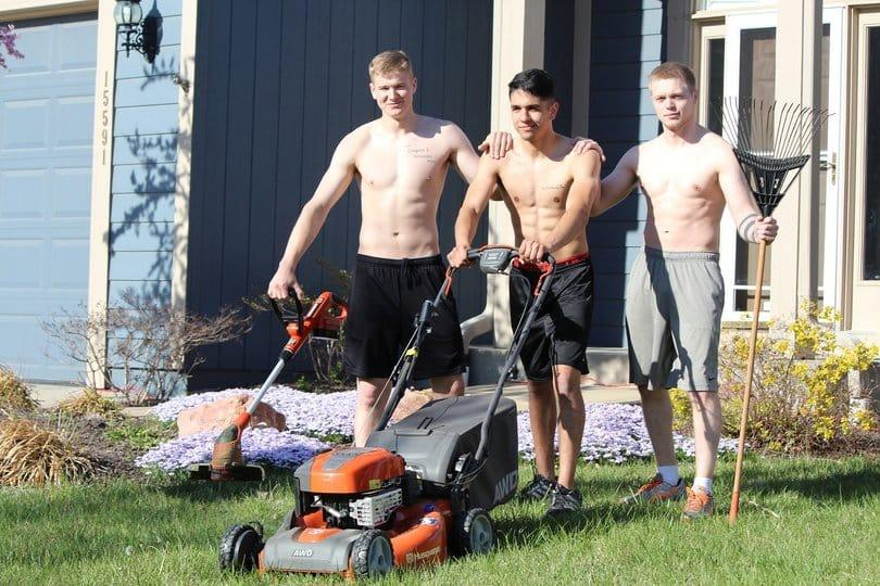 Guideline-to-choosing-the-best-battery-lawn-mower-buying-tips-and-review-2