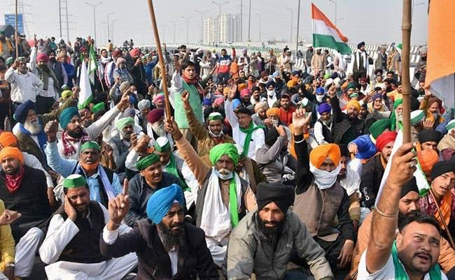 For the removal of protesting farmers from Delhi borders, A PIL filed in Supreme Court citing risk of spread of COVID-19.