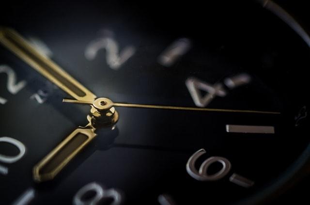 How Many Hours Do Lawyers Work?