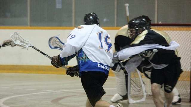 box lacrosse lefty sweep dodge