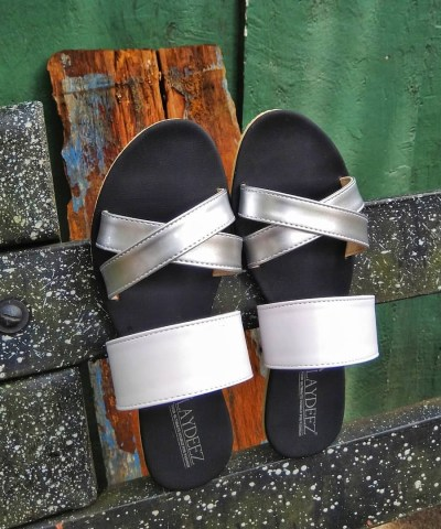 Laydeez Eliza Sandals in White