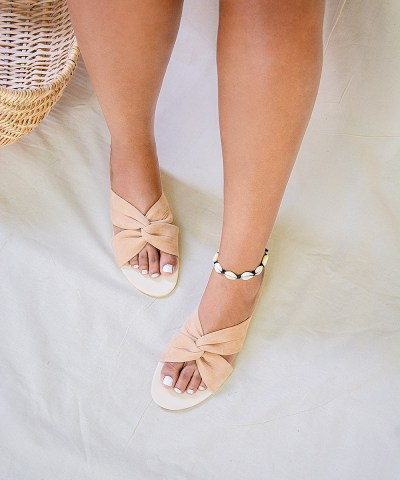 Laydeez - Twisted Comfy Slides - Beige