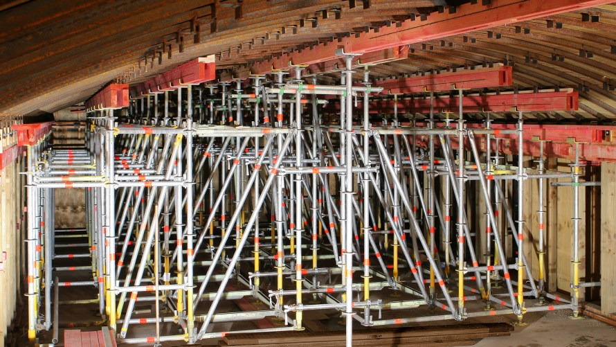 Propping at Elelphant Hill by Bay Scaffolding