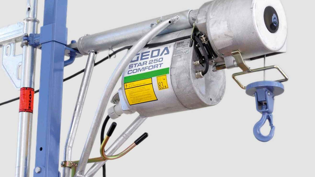 Scaffold rope hoists and lifts
