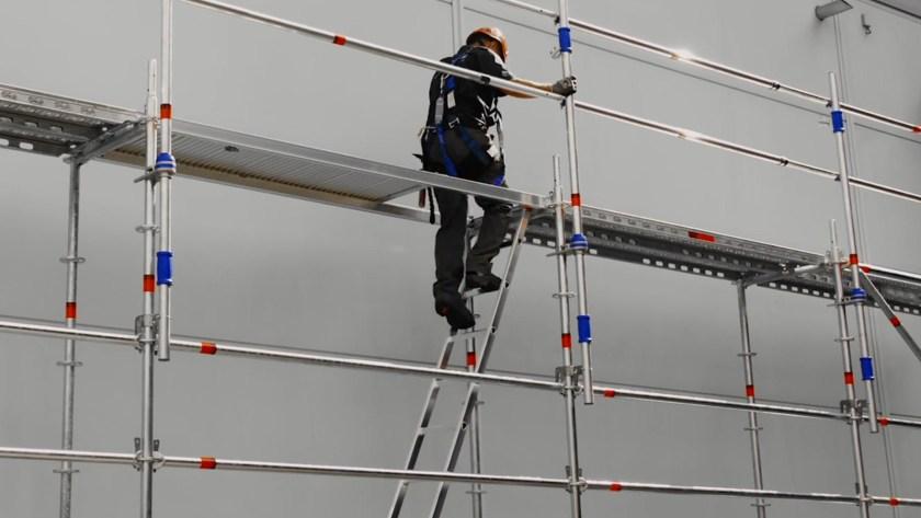 Layher Advance Guardrail System
