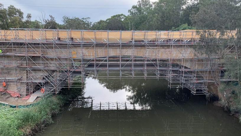 Cantilever Scaffolding on Landsdowne Bridge by Caledonia Scaffolding