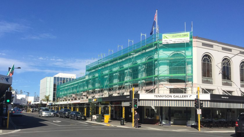 Commercial building with SpeedyScaf Scaffolding