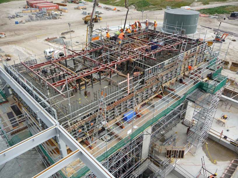 Geothermal power plant turbine housing with 750 tonne concrete pour supported by Layher Allround Scaffolding