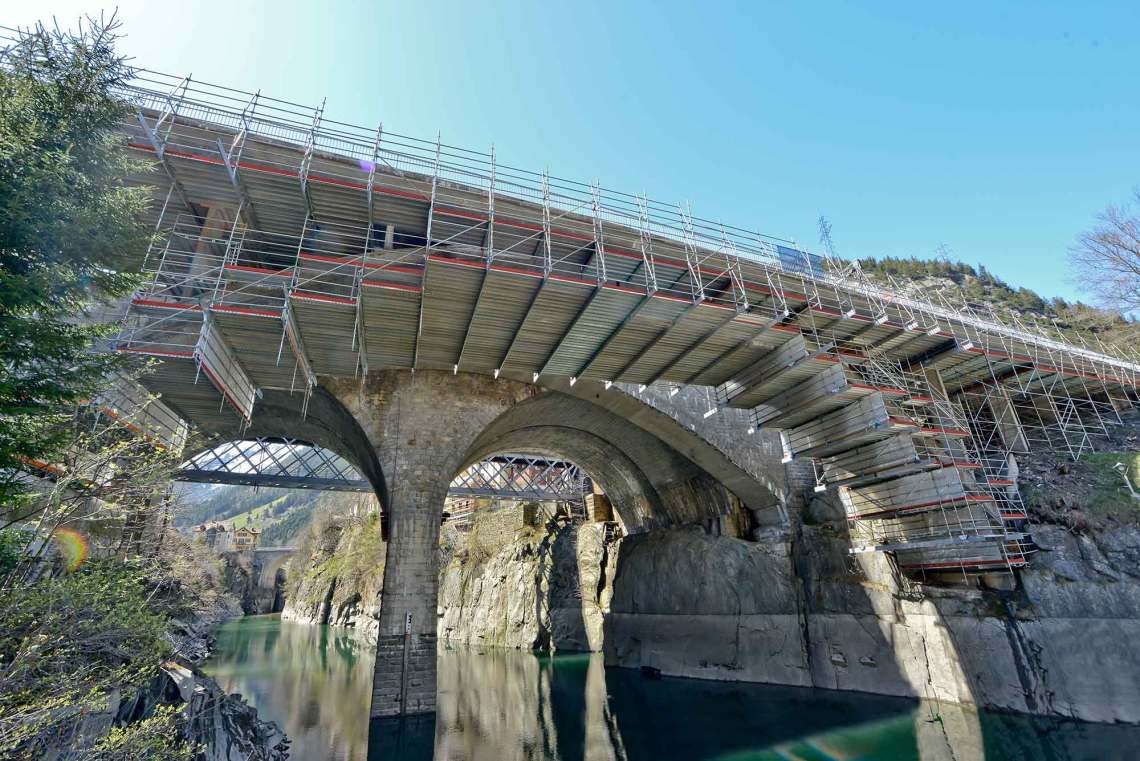 Layher FlexBeam is the ideal solution for under bridge access