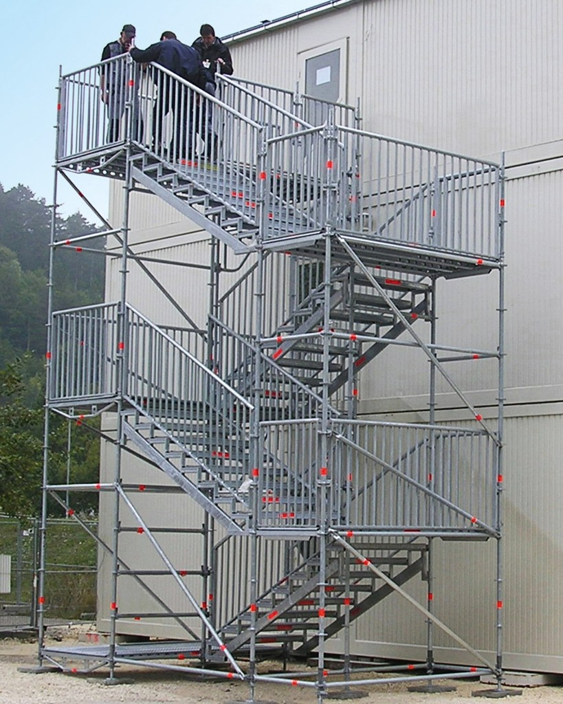 Independent stair tower