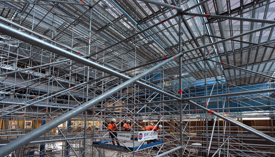 Brazier Scaffolding constructed a birdcage scaffold at Otago University using Layher Allround Scaffolding