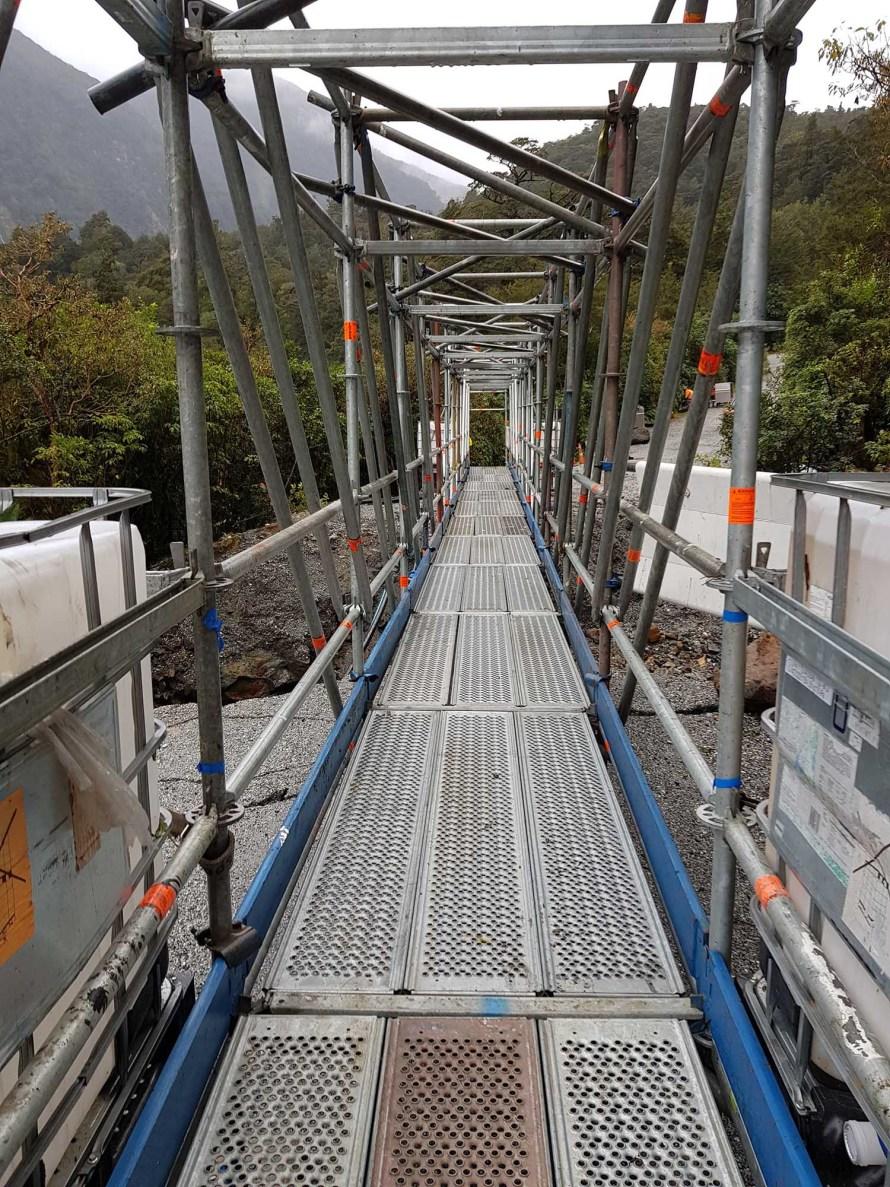 pedestrian-bridge-allround-scaffolding