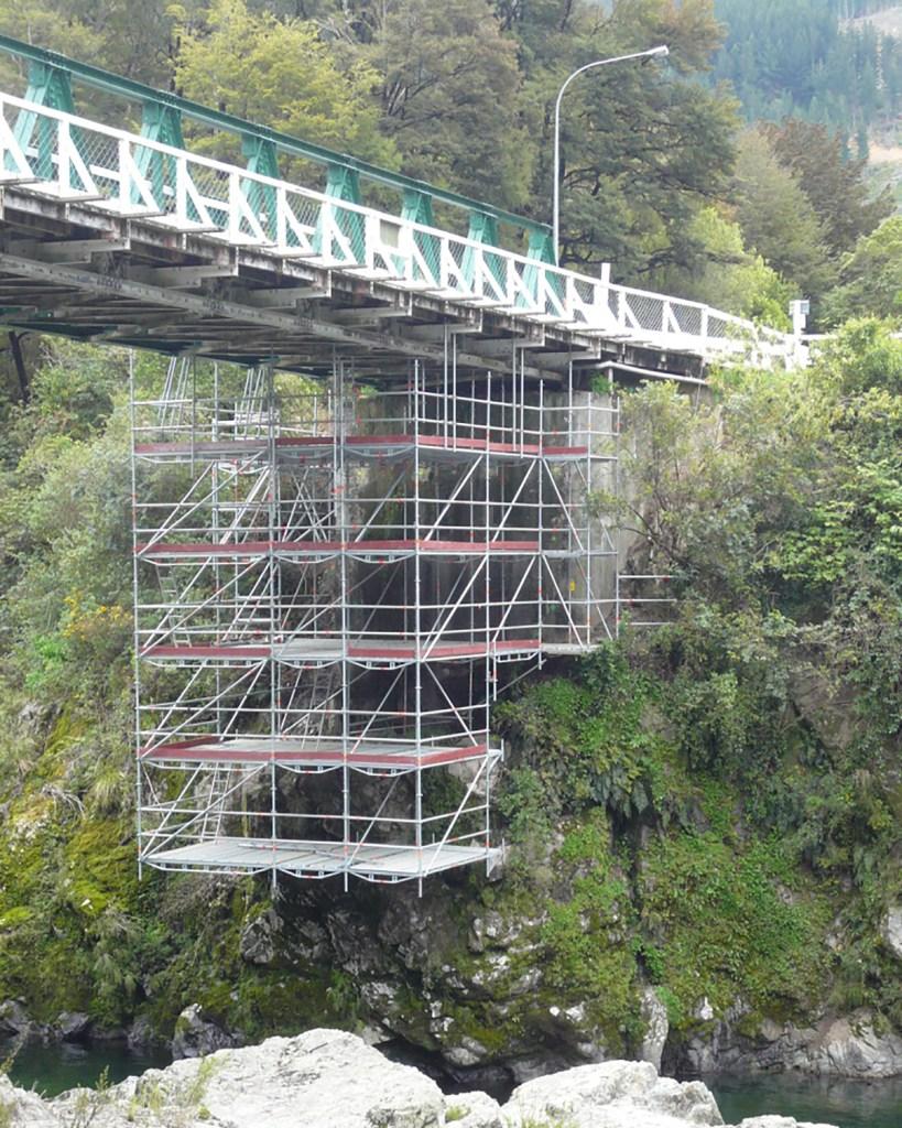 Pelorus Bridge Scaffold ready for a seismic retro fit