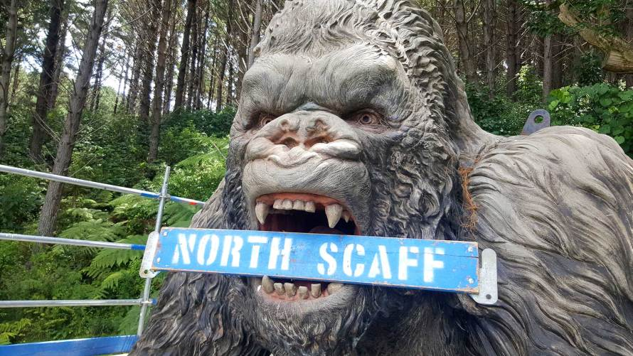 Northland Scaffolding was asked to provide access for Weta Workshop technicians to restore Kong back to his former glory