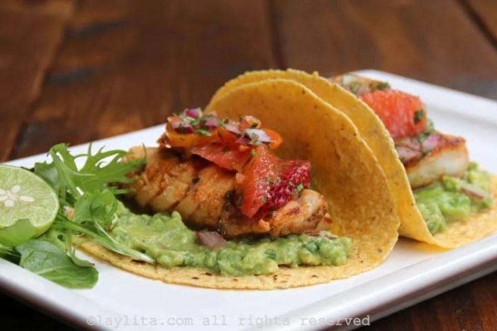 Tacos de peixe grelhado