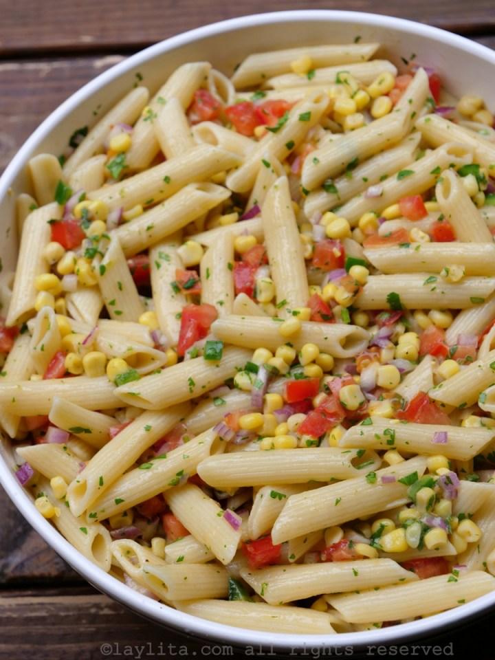 Receita de salada de milho e macarrão