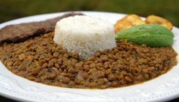 Ecuadorian churrasco steak and egg recipe laylitas recipes lentil stew with rice arroz con menestra de lentejas forumfinder Images