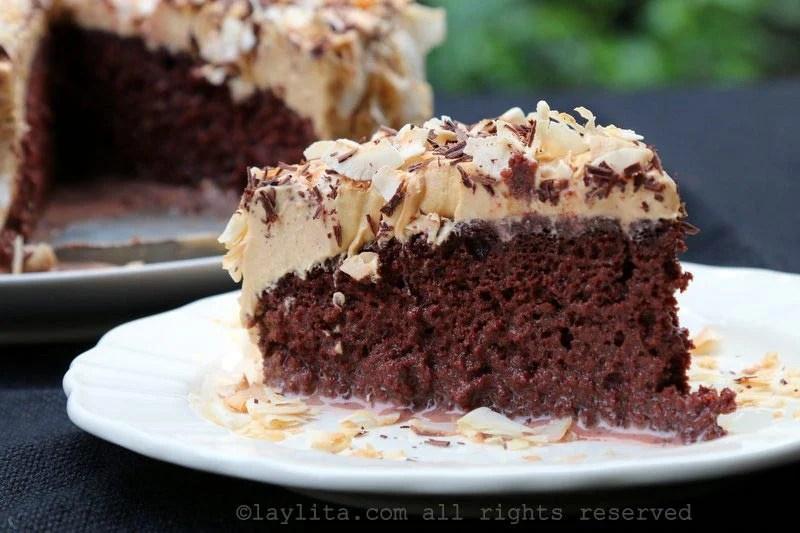 Easy Chocolate Cake Recipe 9x13