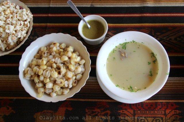 Consome o caldo de gallina en El Valle, Loja