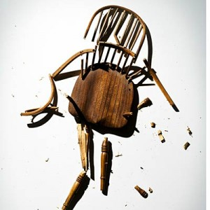 broken-chair-400x400