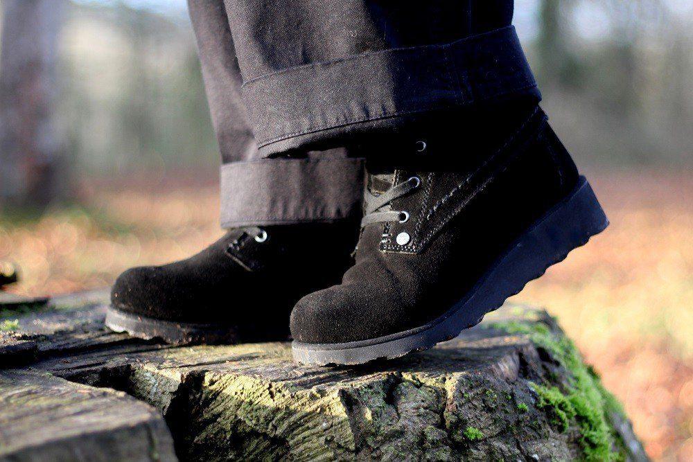 harmony bearpaw boots