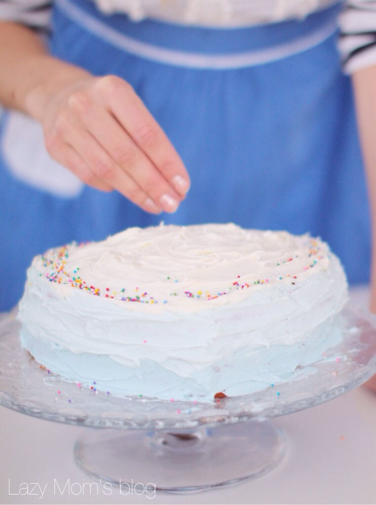 Old fashion birhday cake