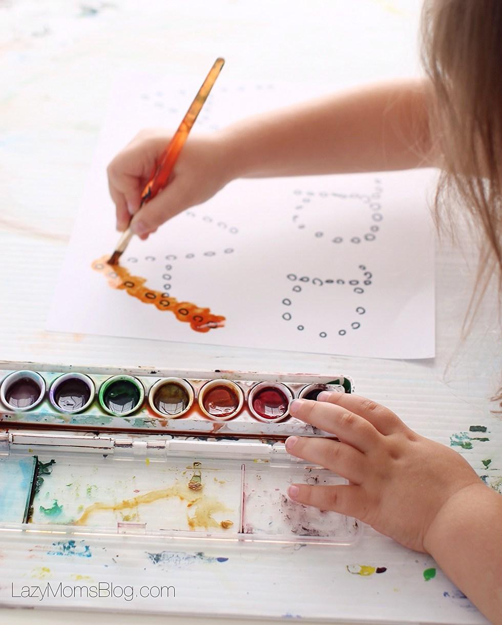 Montessori homeschool : racing letters