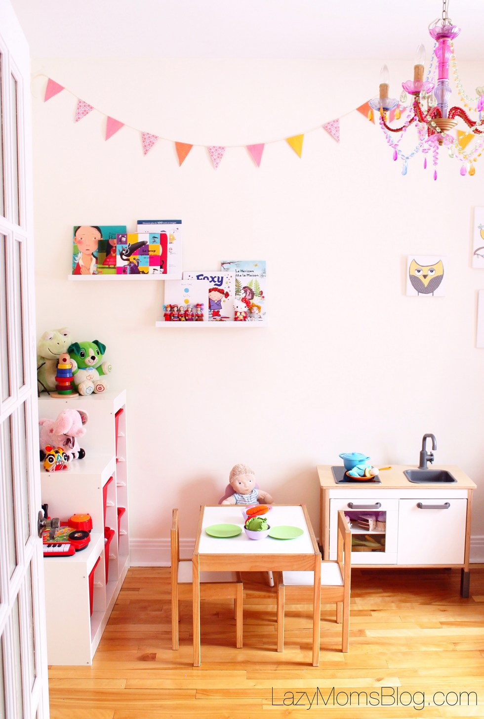 Tried tips and tricks for encouraging independent play #parenting #playroom