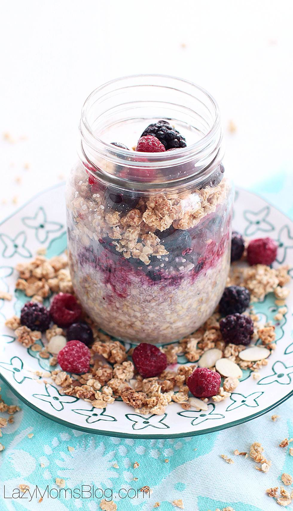 Overnight maple chia oats
