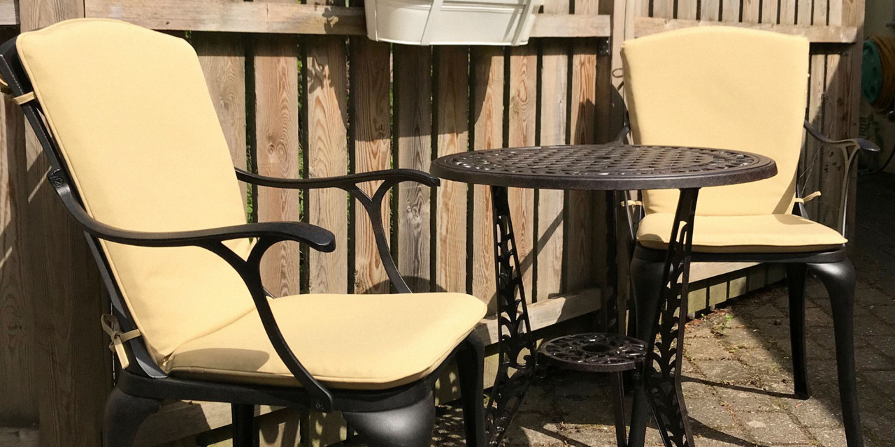 how to clean outdoor furniture cushion